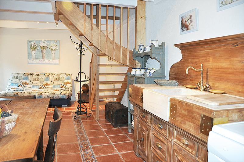 maison vacances huelgoat location 2 personnes brigitte tschamper. Black Bedroom Furniture Sets. Home Design Ideas