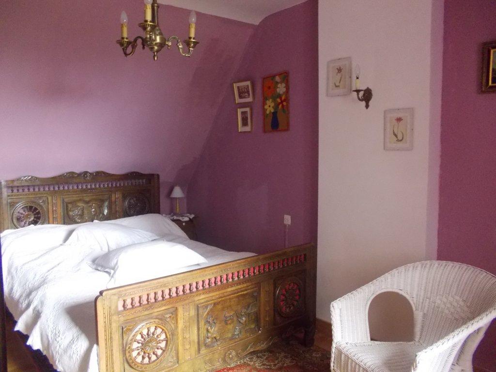 Maison vacances plougrescant location 6 personnes rolande for Chambre parentale bleue