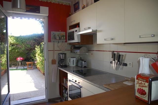 Maison vacances quiberon location 6 personnes raymonde jan - Cuisine avec presqu ile ...