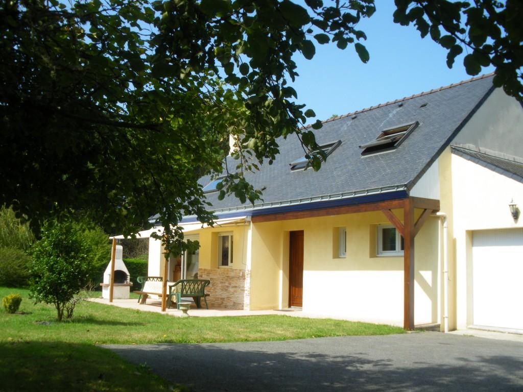 Maison vacances groix location 10 personnes elisabeth goumon for Garage paradis feyzin avis
