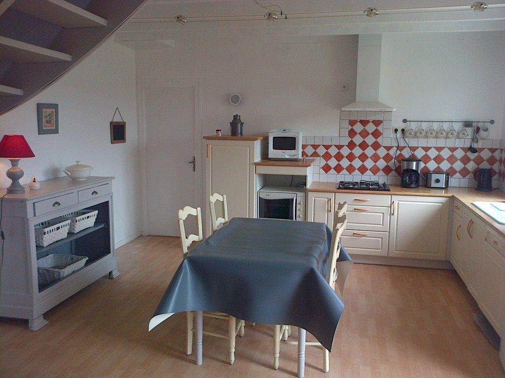 Maison vacances carno t location 5 personnes anne et yffic for Equipement cuisine amenagee
