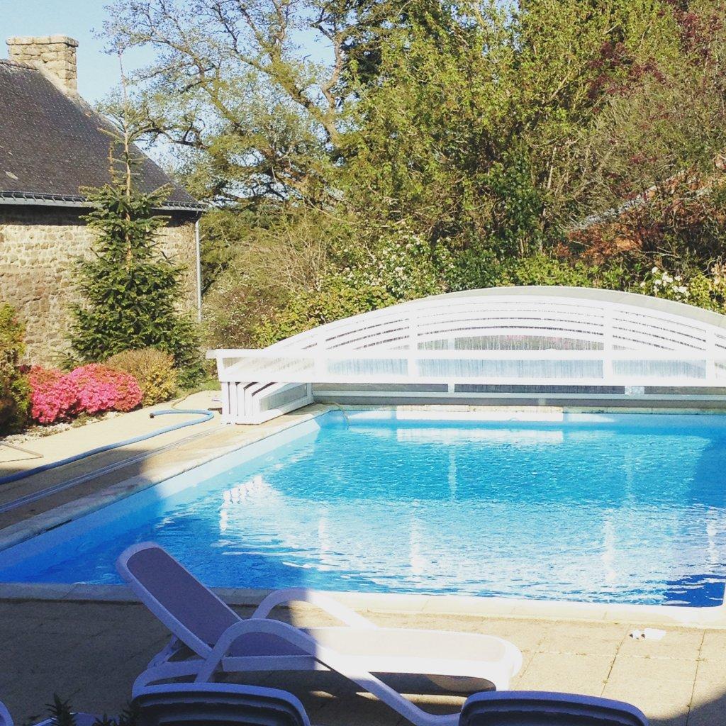Maison vacances avec piscine languidic location 10 for Vacances piscine couverte