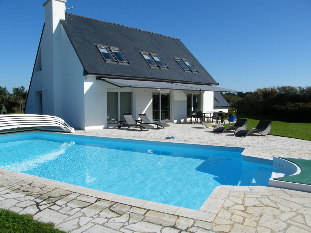 Location maison bretagne bord de mer piscine for Location logement