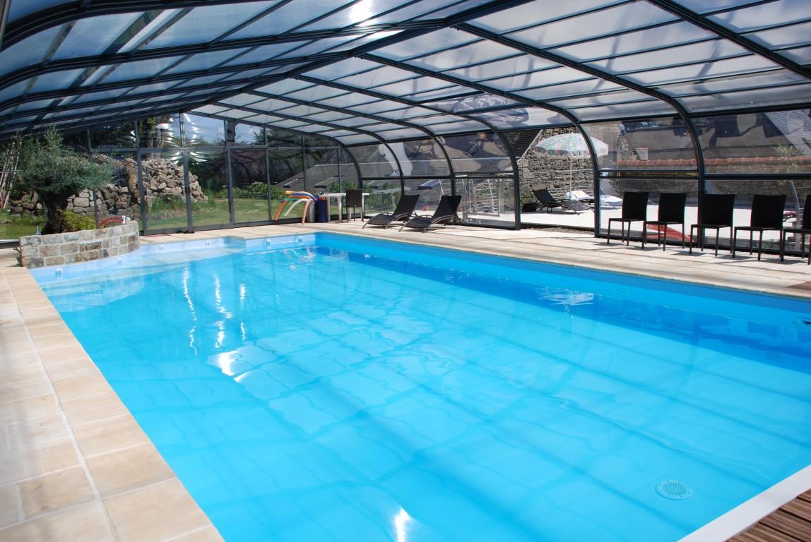Maison vacances avec piscine ergu gab ric location 15 for Piscine desjoyaux quimper