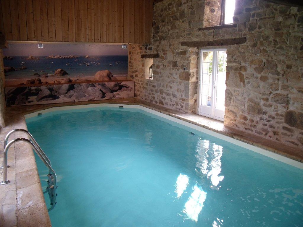 Maison vacances avec piscine carhaix plouguer location 6 for Carhaix piscine