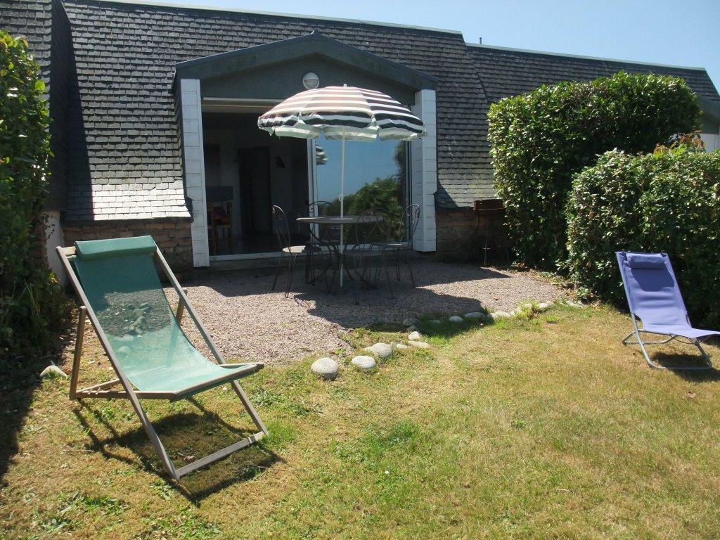 Maison vacances avec piscine pleumeur bodou location 4 personnes eric paillet - Terrasse avec jardin reims ...