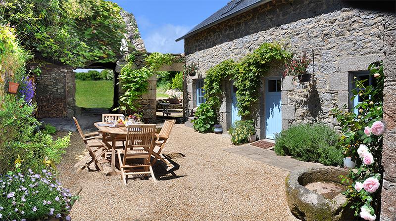 Maison vacances huelgoat location 2 personnes brigitte for Location maison concarneau vacances