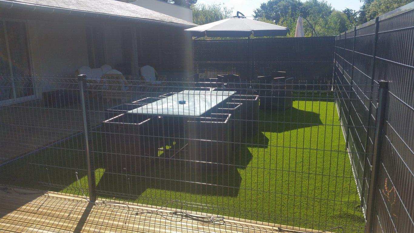 Maison vacances avec piscine s n location 14 personnes for Camping golfe du morbihan avec piscine