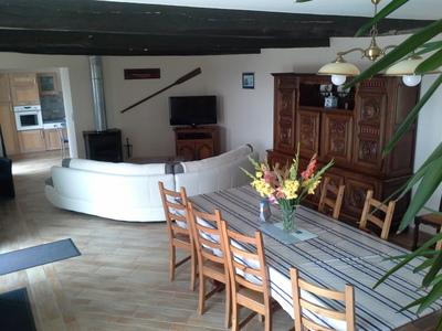 Maison vacances avec piscine plomodiern location 8 personnes nicole et gilber - Cuisine avec presqu ile ...