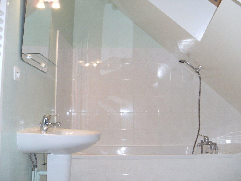 Maison vacances saint malo location 3 personnes danielle leduc for Salle de bain saint brieuc