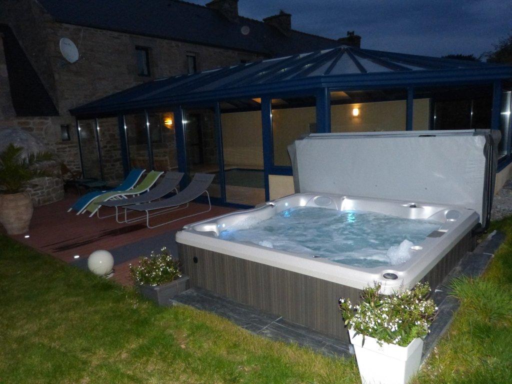 Maison vacances avec piscine ploudalm zeau location 6 for Location maison avec piscine couverte