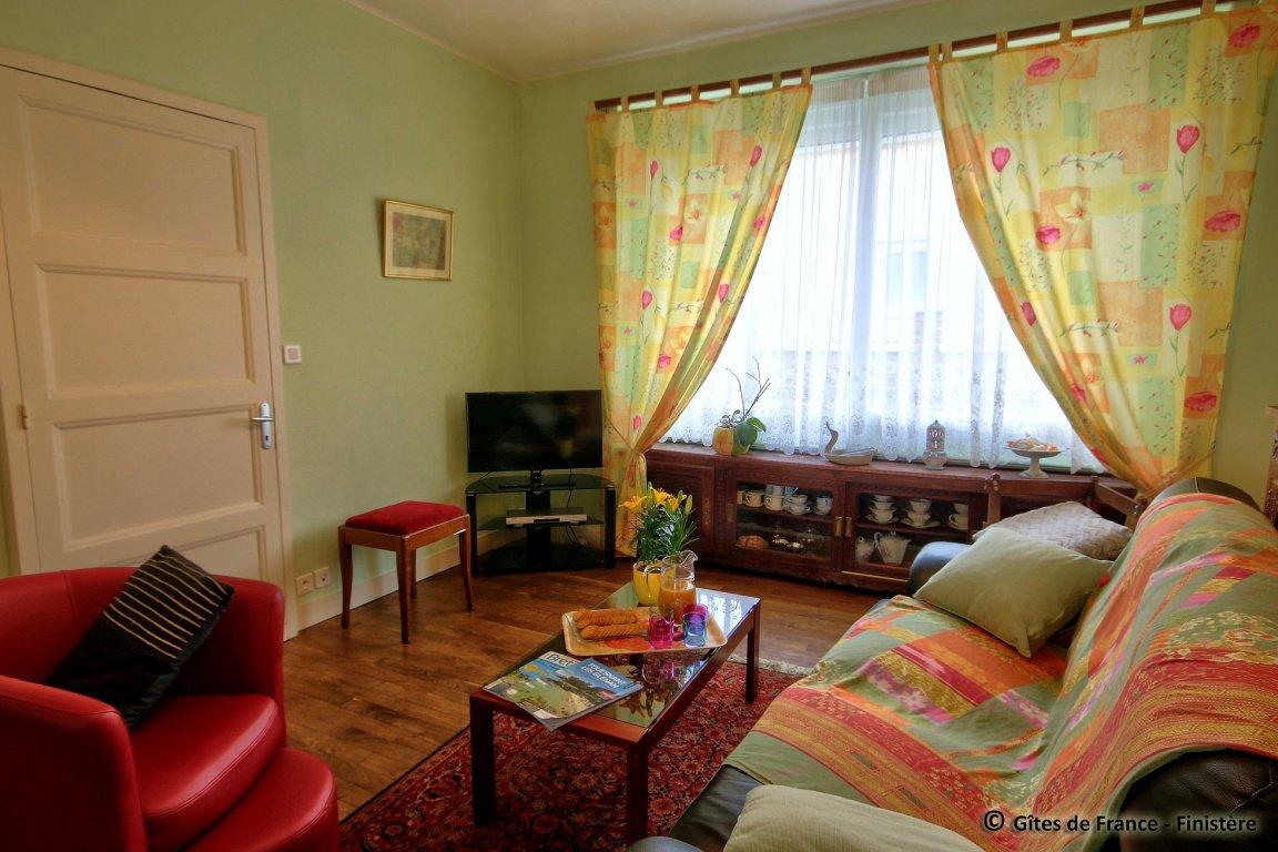 maison vacances concarneau location 6 personnes monique landurain. Black Bedroom Furniture Sets. Home Design Ideas