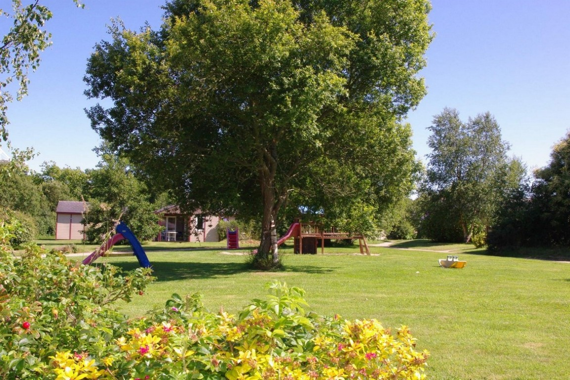 Chalet vacances avec piscine pleumeur bodou location 5 for Piscine village nature